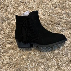NWT Black Fringe Booties